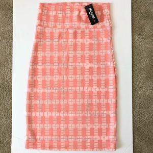 Agnes & Doral Coral Color pencil skirt!